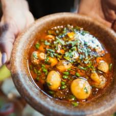 Tajski rosołek - kolendra, warzywa i tofu