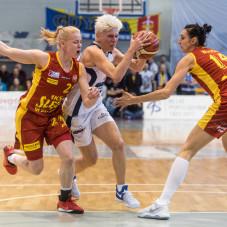 Magdalena Koperwas i Jelena Skerović