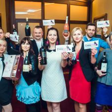 Fundacja Omea Life z winami przeznaczonymi na licytację