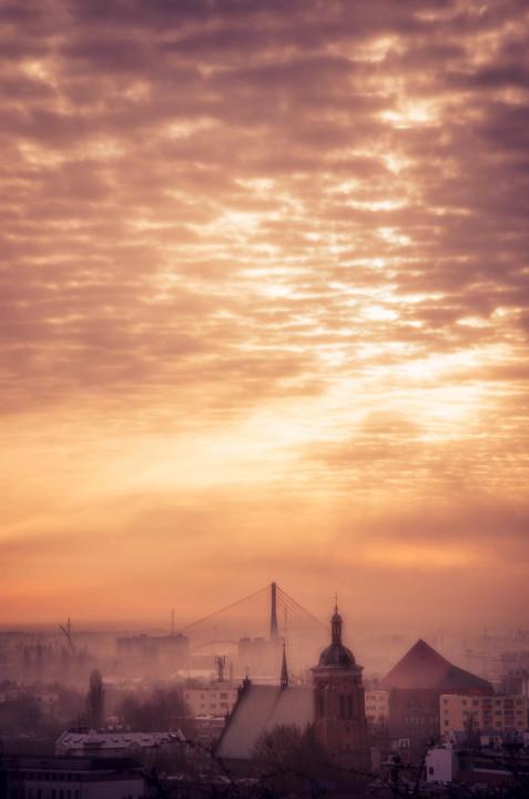 Widok na miasto z Góry gradowej o wschodzie słońca..
