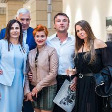 Dr. Violetta Szycik i Jarosław Szycik właściciele kliniki Vivadental
