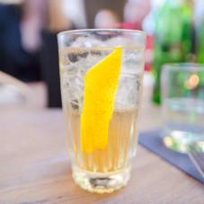 gin / tonik własnej produkcji