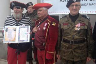 Generał Jan Grudniewski , Kontradmirał Sławomir Ziembiński i adiutant Żelazna Ręka Polskie Drużyny Strzeleckie
