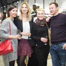 Aleksandra Staruszkiewicz z przyjaciółmi