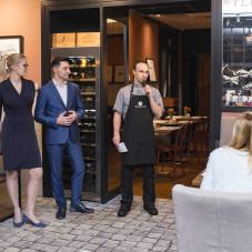 Szef kuchni Daniel Chrzanowski opowiada o menu