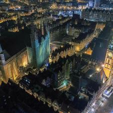 Ratusz i Bazylika Mariacka - zdj. Aerialperspectivv (facebook aerialperspectivv)