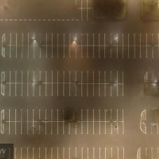 Opuszczony parking Riviery w niehandlową niedzielę - Aerialperspectivv