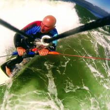 Janek Lisewski  kitesurfing w Brzeznie
