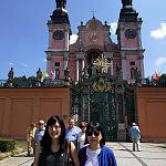 Przed sanktuarium Św. Lipka // In fornt of Św. Lipka Sanctuary