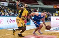 Noworoczne derby koszykarzy. Arki Gdynia przełamałaTrefla Sopot