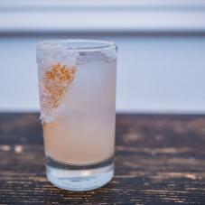 LA PALOMA tequila Olmeca Altos Plata / grapefruit / soda