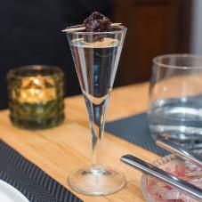 Machandel, czyli wódka jałowcowa z 1776 roku z dodatkiem śliwki.