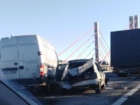 Wypadek na południowej obwodnicy przed zjazdem na Nowy Port