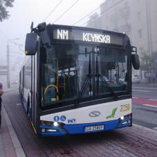Autobus Noc Muzów