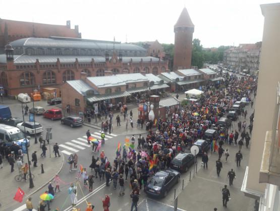 Marsz Równości na Podwalu Staromiejskim
