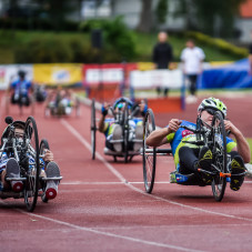1500 metrów wózki