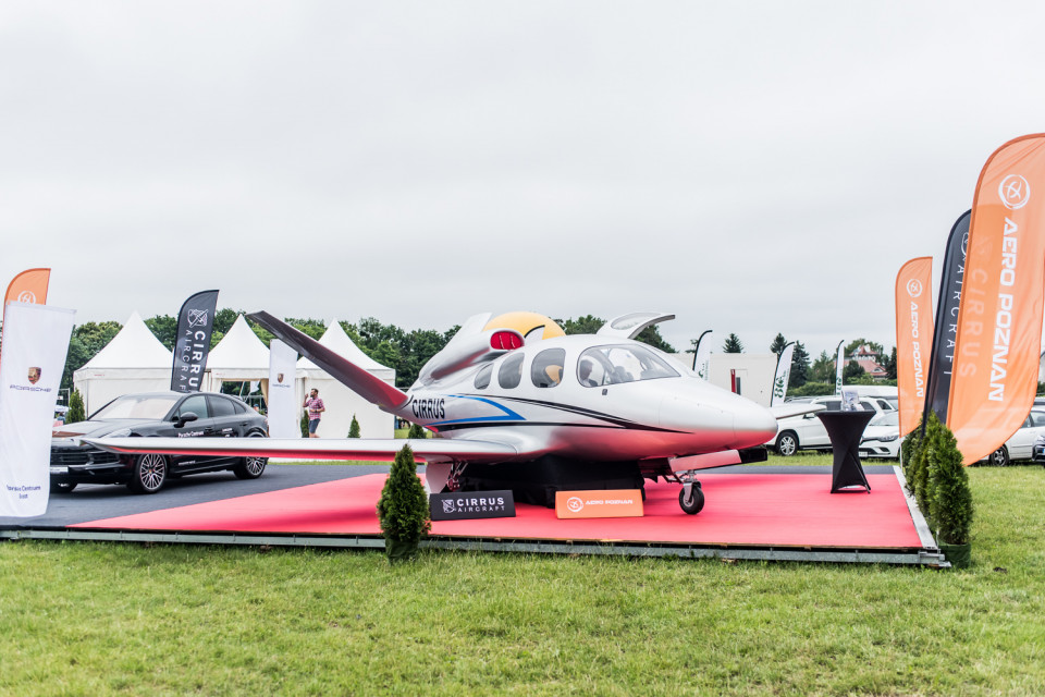 Samolot Cirrus Vision Jet