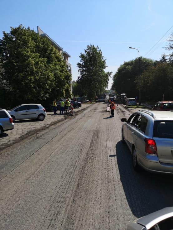 Zakorkowona droga na Witomino