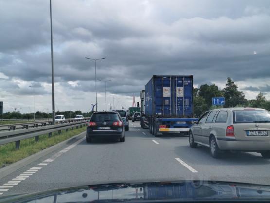 Korek na Trasie Sucharskiego w drogi S7