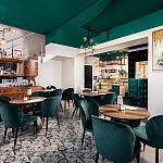 Szmaragdowa Café wnętrze