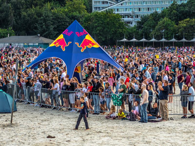 Wakacyjne imprezy w Gdyni przyciągnęły tłumy