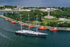 Jacht Black Pearl zacumował w Gdańsku
