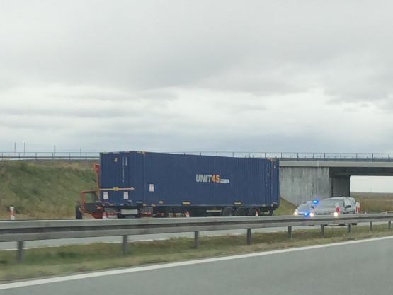 Zepsuty TIR na A1 w kierunku Łodzi