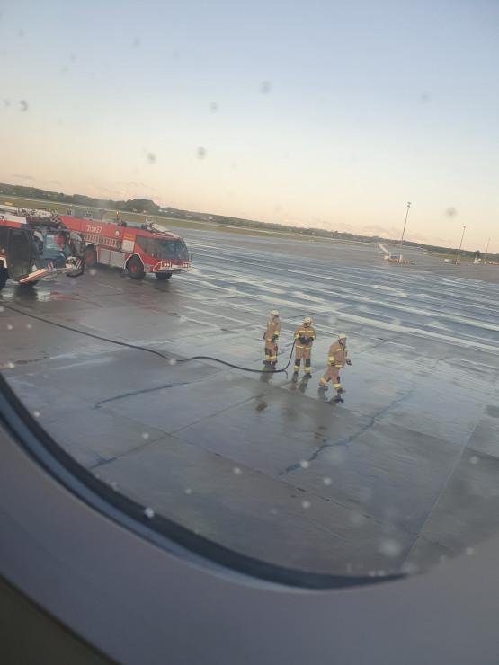 Awaria silnika samolotu Wizzair do Bergen