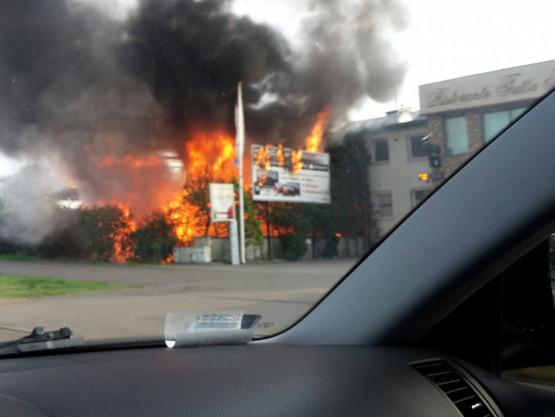Pożar przy ul. Morskiej w Gdyni Chyloni