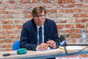 Przedwyborcza debata posłów z Gdyni: Horała - Aziewicz