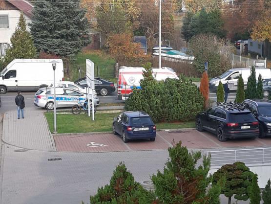 Wypadek na Kielnienskiej. Jest karetka i policja
