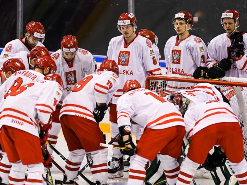 Polska - Japonia 3:2 w turnieju hokeja. Mało kibiców w
