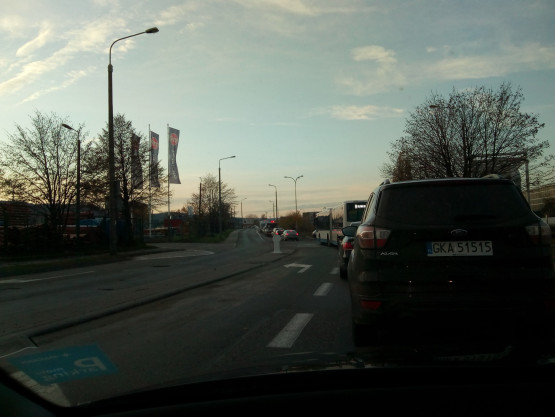 Zamknięty szlaban na Hutniczej w Gdyni