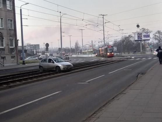 Zablokowane torowisko tramwajowe w Nowym Porcie
