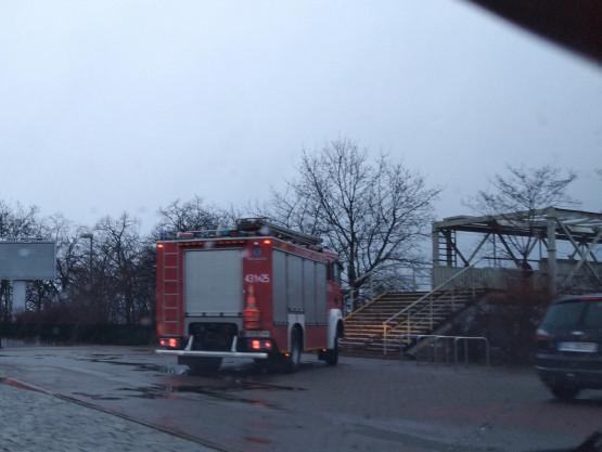 Straż pożarna interweniowała ws. luźnego billboardu