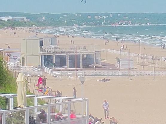 Dużo osób na plażach w Trójmieście