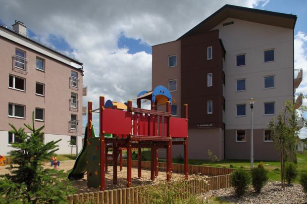 Dzięki spójnej architekturze i wypełnionym przestrzeniom między budynkami Habenda powstaje jako przyjazne, kameralne osiedle.