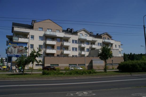 Budynek przy ulicy Sojowej wkomponował się w zabudowę dzielnicy.