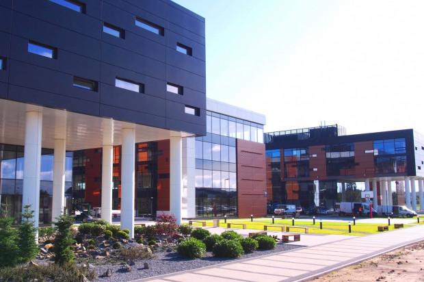 Pierwsze dwa budynki kompleksu.