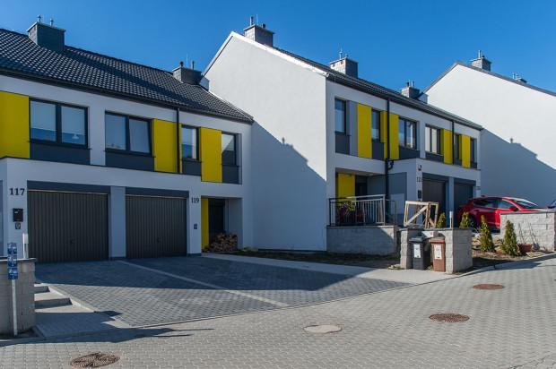 Ostatni szereg budynków na osiedlu Jabłoniowy Sad został oddany w 2018 roku.