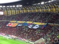 Drużyny Lechii i Barcelony wchodzą na boisko