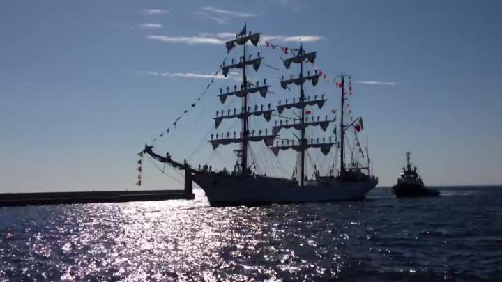 Meksykański żaglowiec wpłynął do Gdyni wsobotę.