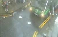 Kolizje z automatycznymi barierami w jezdni