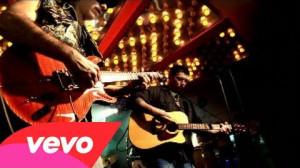 Carlos Santana feat. Everlast - Put Your Lights On