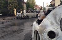 Spalone samochody na Morenie