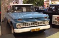 Wystawa amerykańskich samochodów