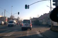 Kierowca Hondy wymusza pierwszeństwo