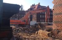 Rozbiórka starego budynku przy Wałowej