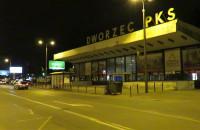 Niebezpieczny gdański dworzec PKS po zmroku