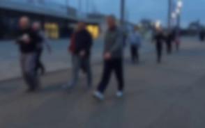 Biegacze na torze rolkarskim w Letnicy